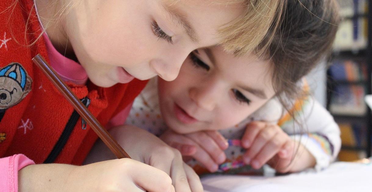 Børn og gode venskaber: Sådan støtter du op