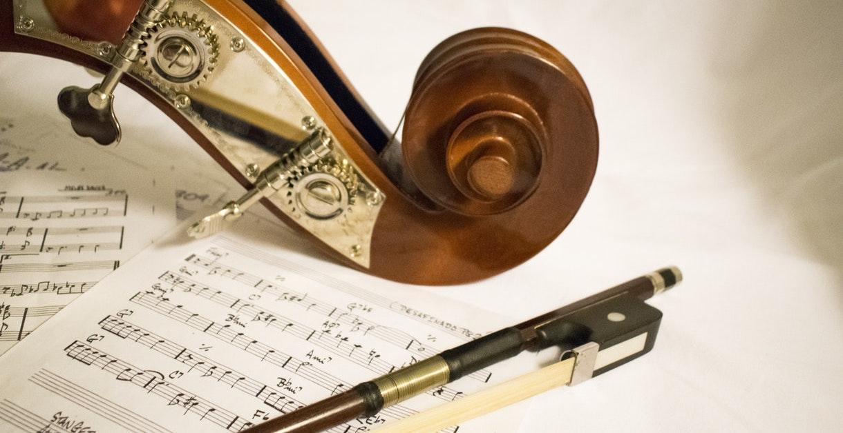 Musikteori: 5 gode råd, der kan hjælpe til din musikaflevering eller -eksamen
