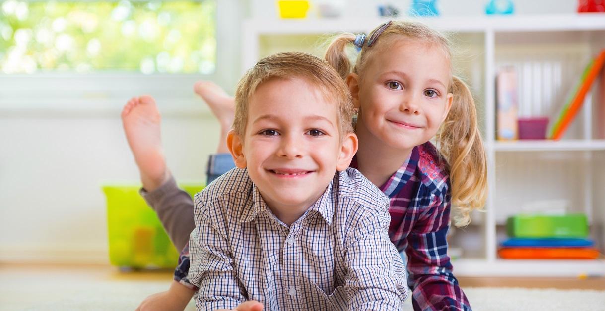 Søskendeskænderier: Guide til sunde konflikter mellem børn