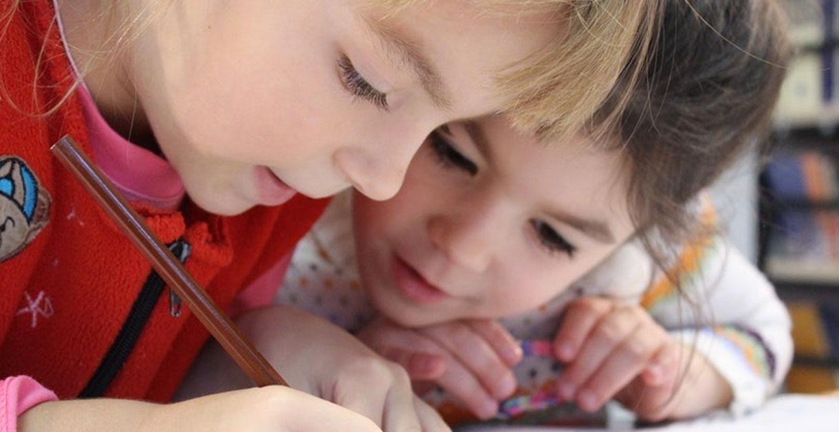 Leg og læring – sjove, spændende og lærerige lege til børn